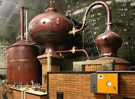 Cognac_pot_still_-_20091205